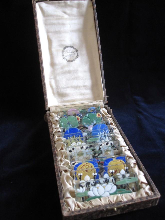 12 porte couteaux verre maill 1925 delvaux cristal catalogue cristal de france. Black Bedroom Furniture Sets. Home Design Ideas