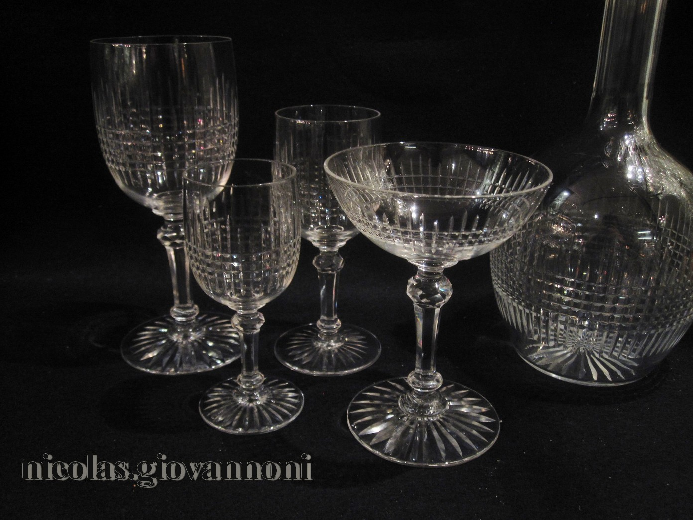 service 30 verres 3 carafes dombasle baccarat cristal catalogue cristal de france. Black Bedroom Furniture Sets. Home Design Ideas