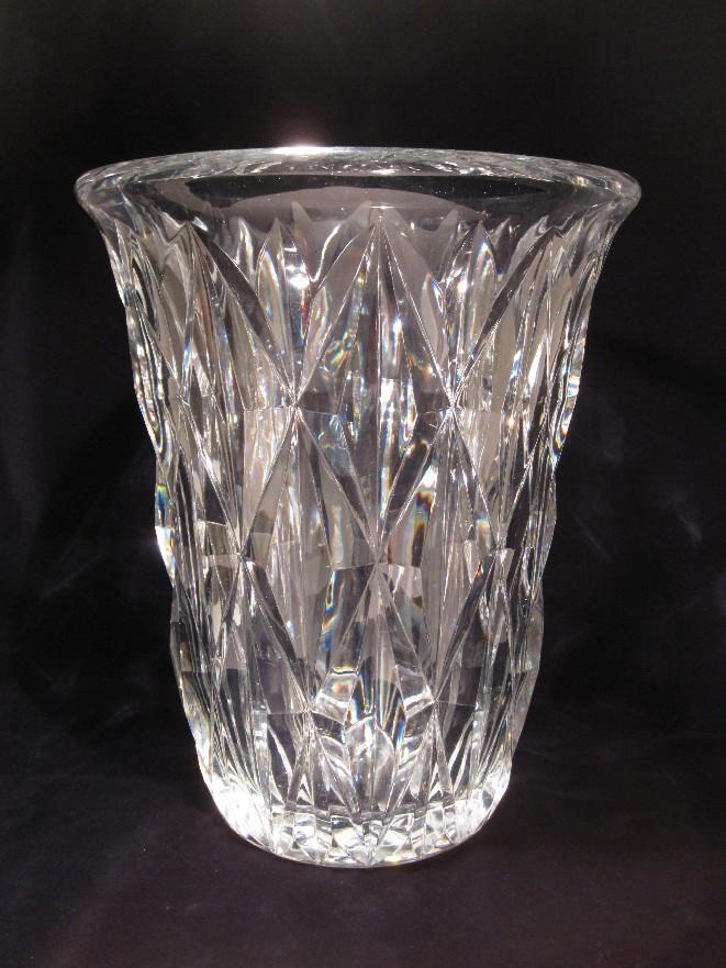 grand vase val st lambert cristal catalogue cristal de france nicolas giovannoni. Black Bedroom Furniture Sets. Home Design Ideas