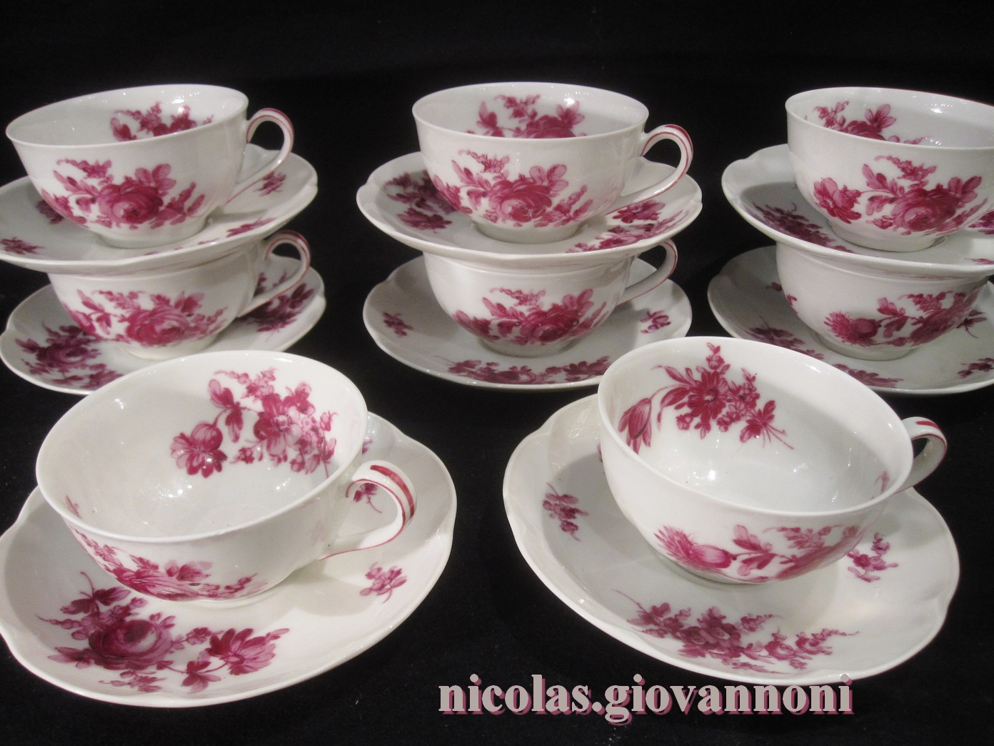 8 Tasses Dcor Camaieu Rouge Haviland Porcelaine Catalogue Cristal De France Nicolas