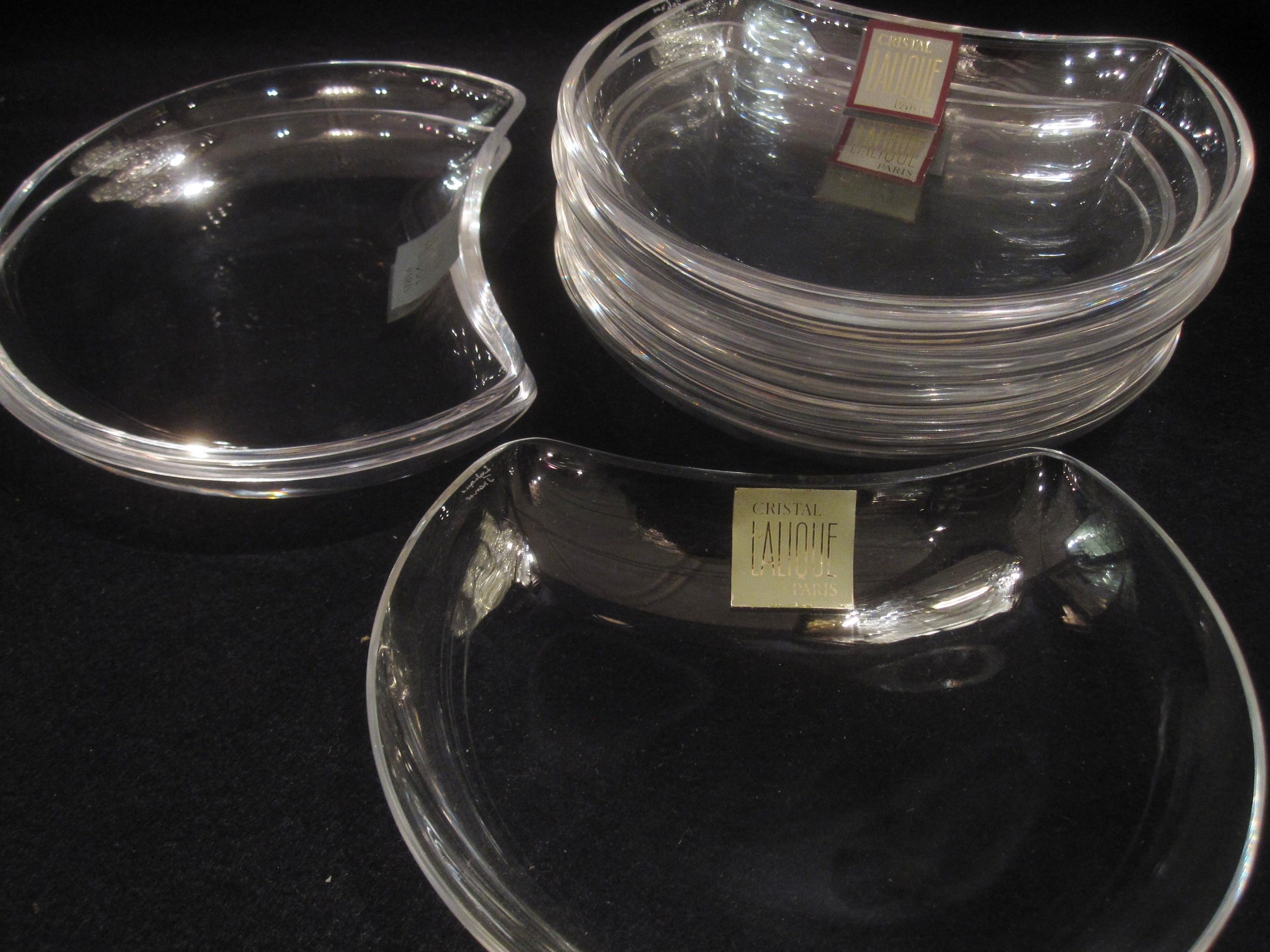 10 pi ces assiettes salade lalique accessoires catalogue cristal de france nicolas. Black Bedroom Furniture Sets. Home Design Ideas
