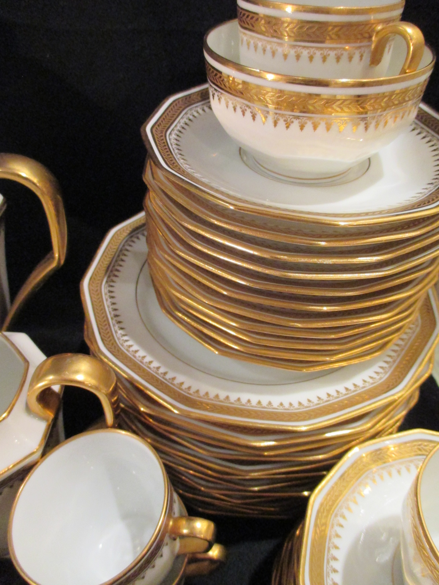 service caf th laurier or incrust 1930 legrand limoges porcelaine. Black Bedroom Furniture Sets. Home Design Ideas