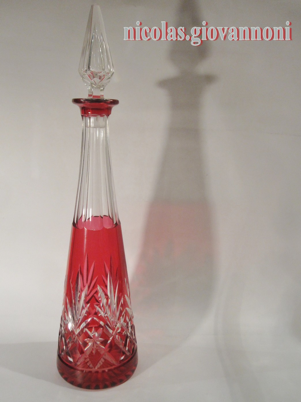 carafe cristal rouge massenet saint louis cristal catalogue cristal de france. Black Bedroom Furniture Sets. Home Design Ideas
