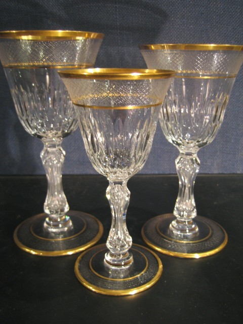 Verres eau vin lozere or saint louis cristal for Miroir bordure doree